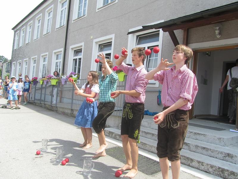 http://www.grundschule-philipp-weiss.de/pages/aktuell/bilder/2015_07%20Schulfest/v-IMG_2408.JPG